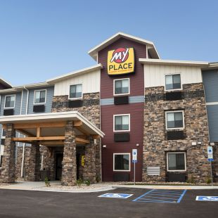 My Place Hotel - Jamestown, ND